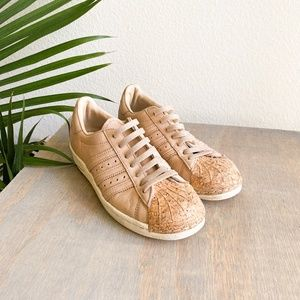 adidas nude neutral superstar cork toe 6